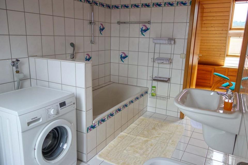 Die Wohnung | Ferienwohnung Jura Badezimmer Von Oben