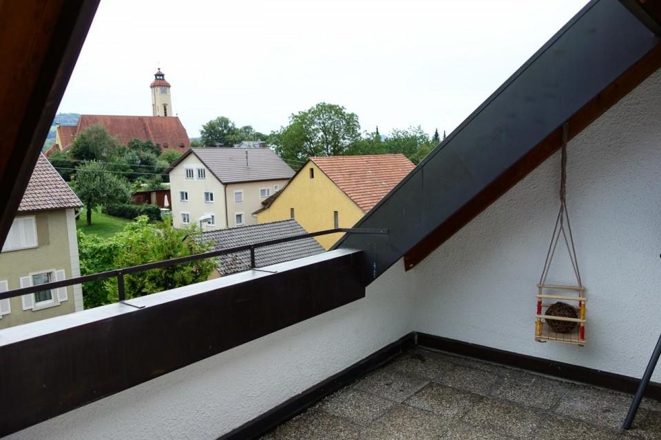Die wohnung ferienwohnung jura - Dachfenster balkon ...