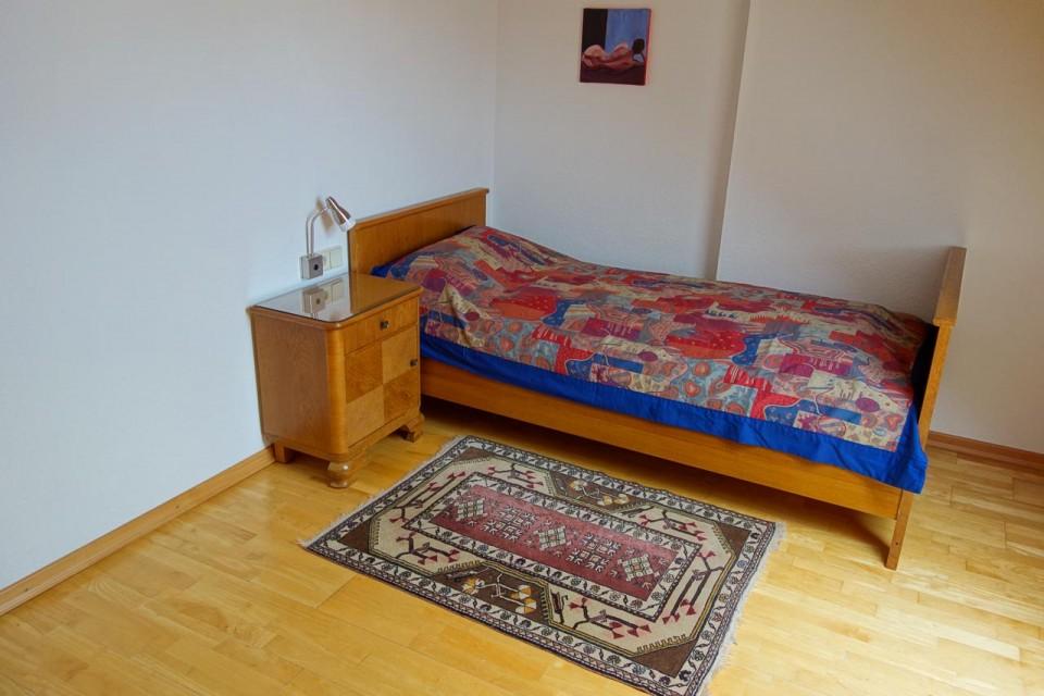 provisionsfreie voll m blierte ferienwohnung fewo in schw bisch gm nd. Black Bedroom Furniture Sets. Home Design Ideas